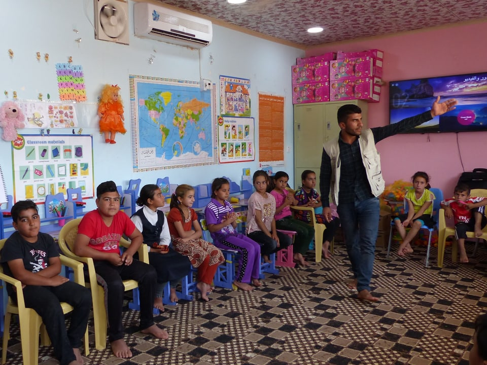 Kinder in der Schule.