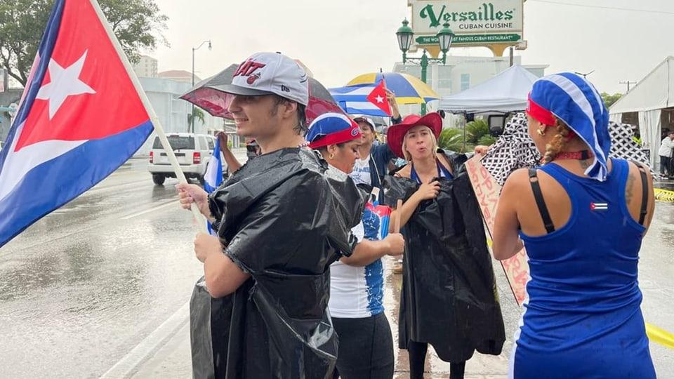 Exil-Kubaner solidarisieren sich mit Protestbewegung