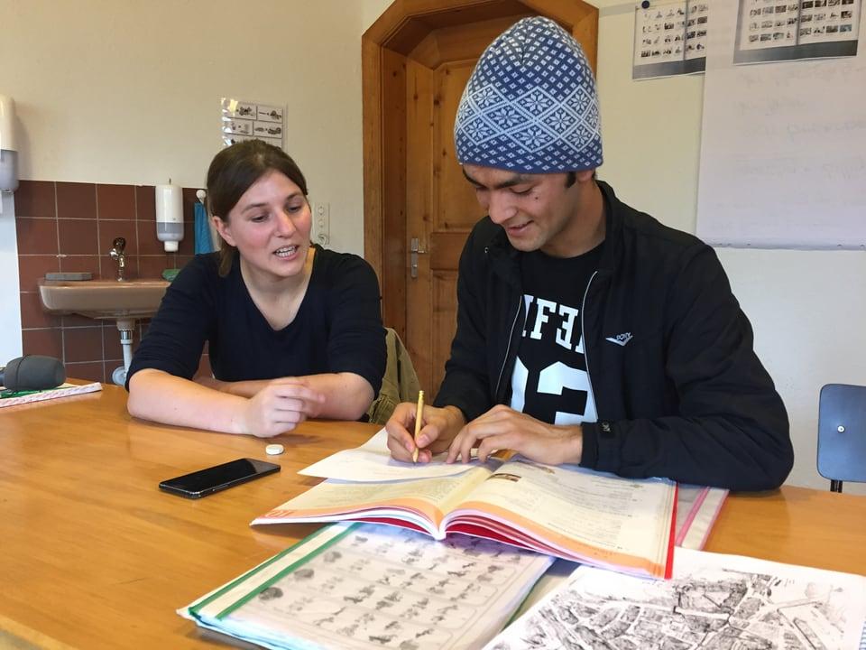 Jawad im Deutschunterricht.