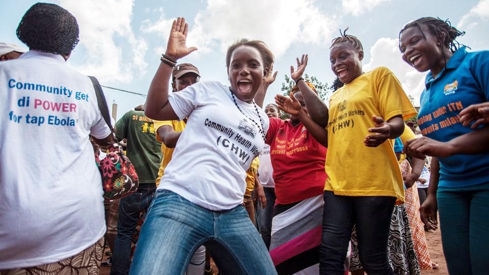 Sierra Leone feiert Sieg im Kampf gegen Ebola