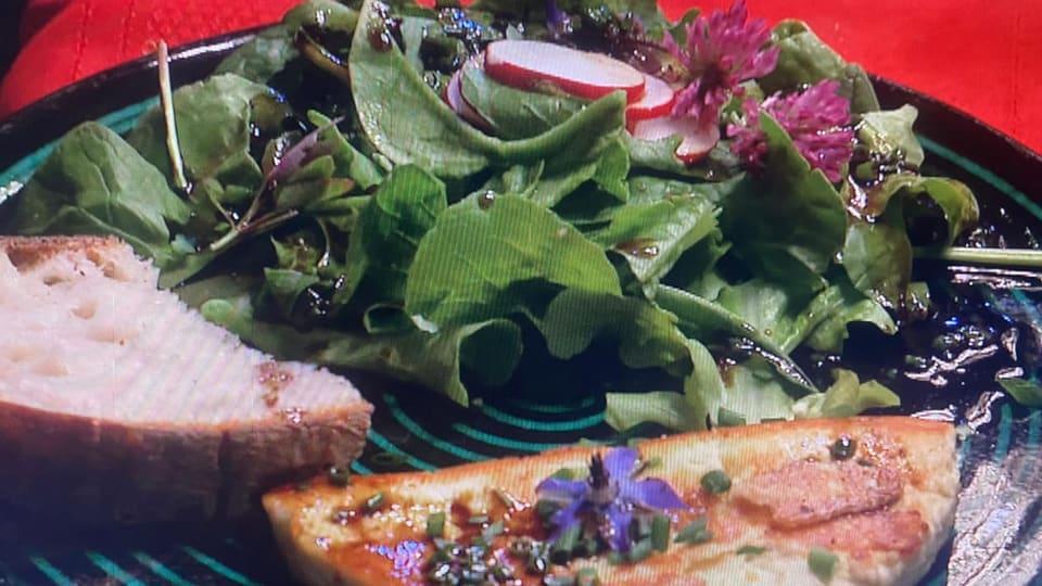 Angebratener Ricottakäse mit Salat