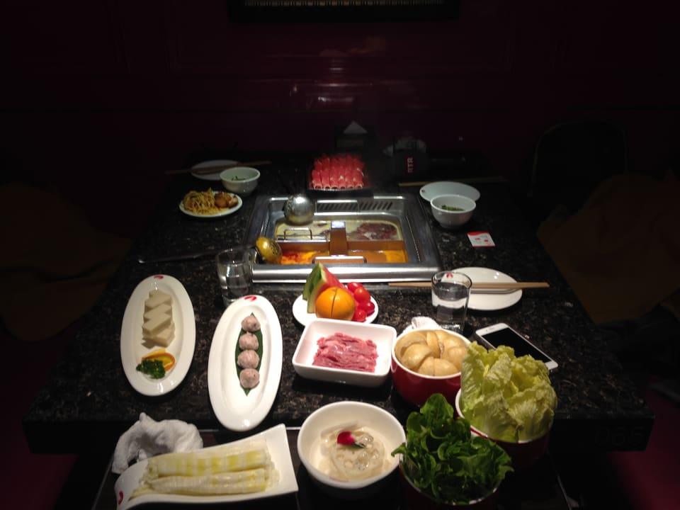 Il szechuan, il paiver fort en buglion da fondue chinoise.