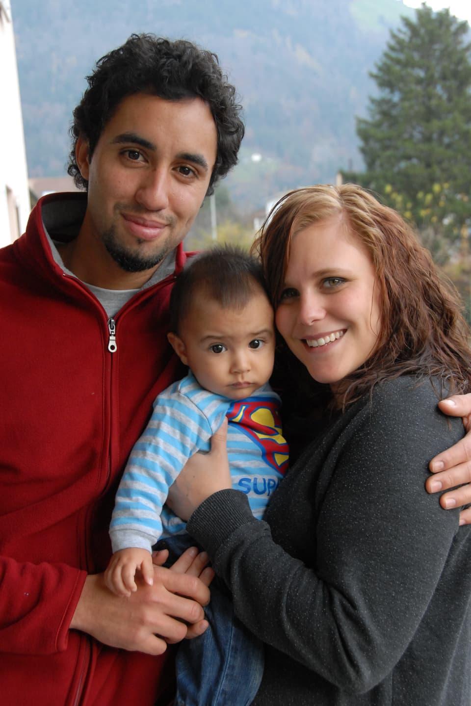 Carlos Feierabend, Manuelle Müller und Baby Kaio.