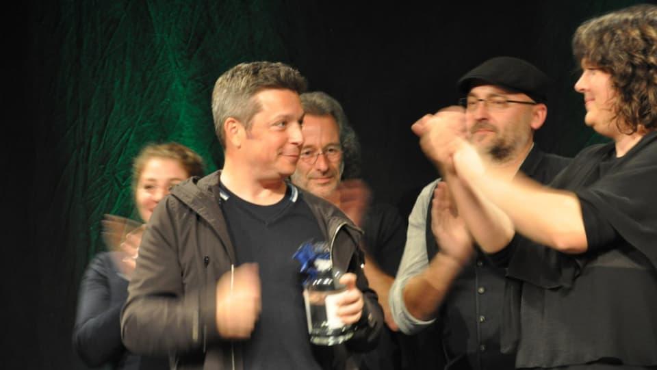 Claudio Spescha – il victur dal Poetry Slam a Domat.