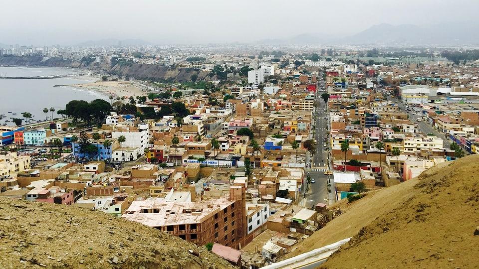 Aussichtspunkt mit Blick auf Stadtteil Chorillos