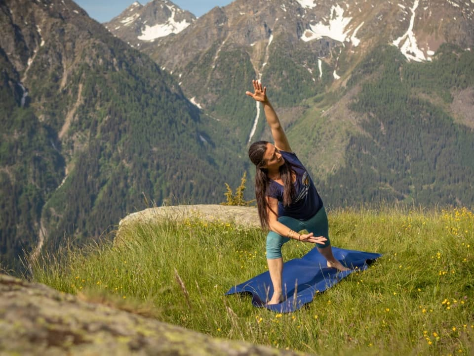 Yoga auf der Alp
