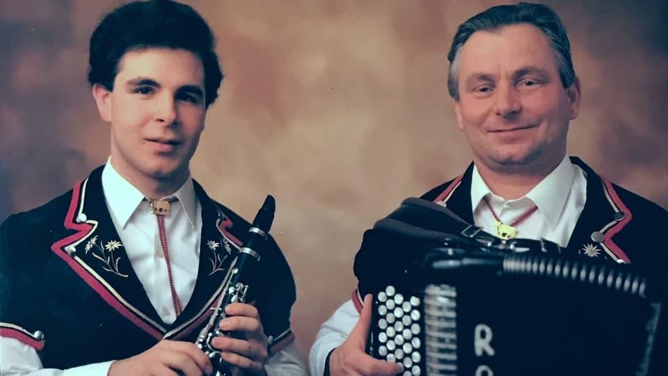 Ein Klarinettist und ein Akkordeonist.