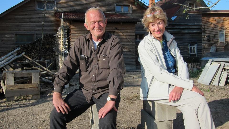 Hans Michel und Autorin Helen Stehli Pfister kennen sich seit  den Dreharbeiten zum «DOK»-Film «Jakob, Sepp und Hans im Glück» (2005).