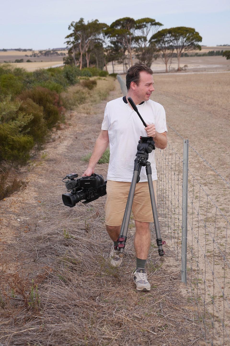 Ohne Jagdglück: Kameramann Sergio Cassini begegnete keinem einzigen lebendigen Känguru.