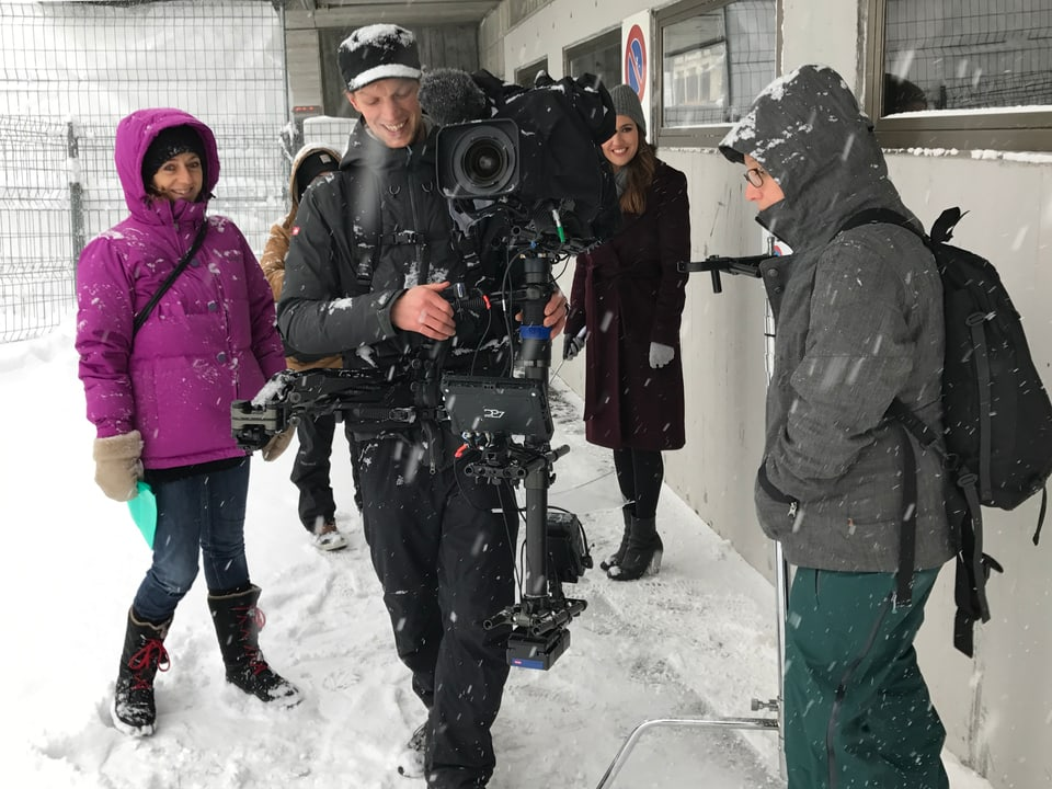 Kameracrew im Davoser Schnee