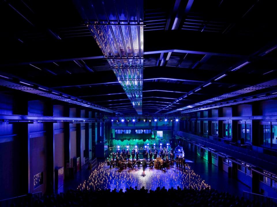 Impressiun dad in concert da Nadal en las hallas da la Viafier Retica