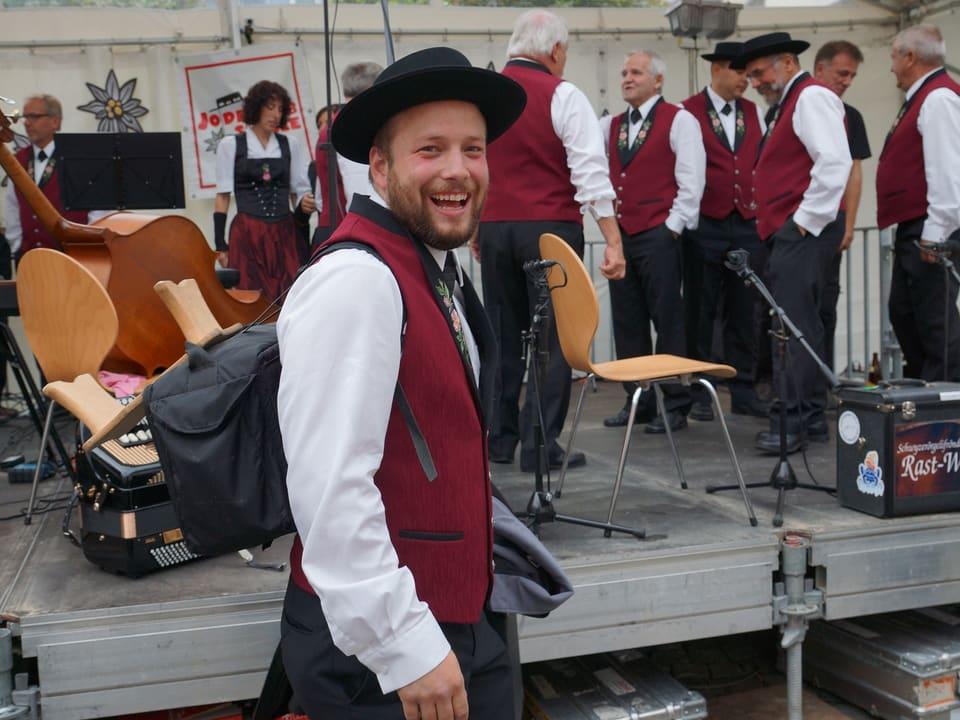 Volksmusik - «Zoogä-n-am Boogä» aus Sursee - Radio SRF