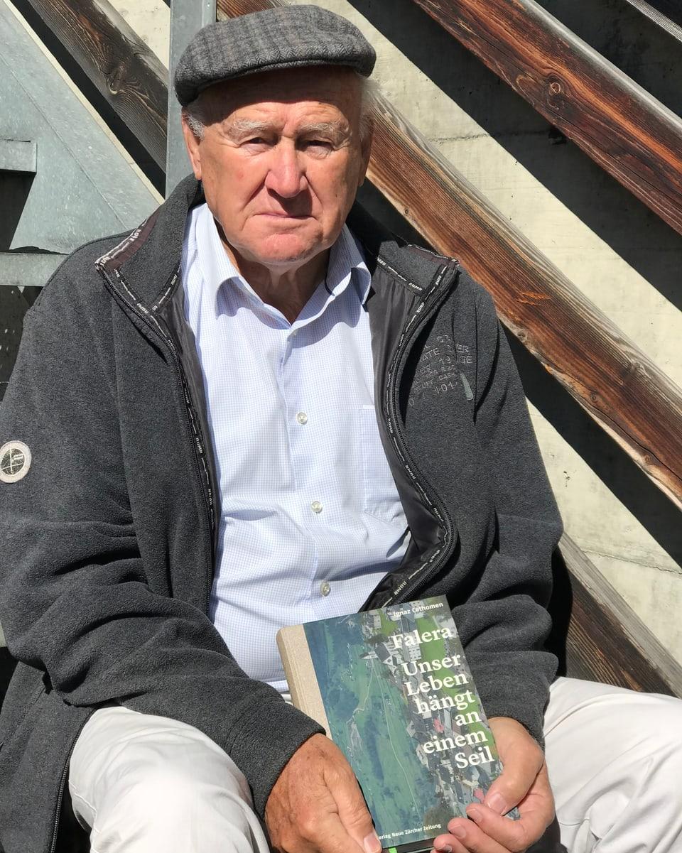 Ignaz Cathomen cun ses cudisch