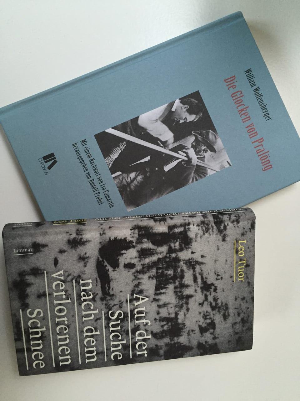 Dus cudeschs:  «Auf der Suche nach dem verlorenen Schnee» da Leo Tuor e «Die Glocken von Pralöng» da William Wolfensberger.