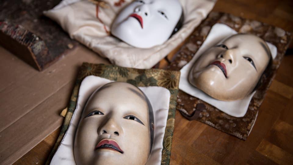 Noh-Masken von Schnitzer Yasuo Miichi in Osaka