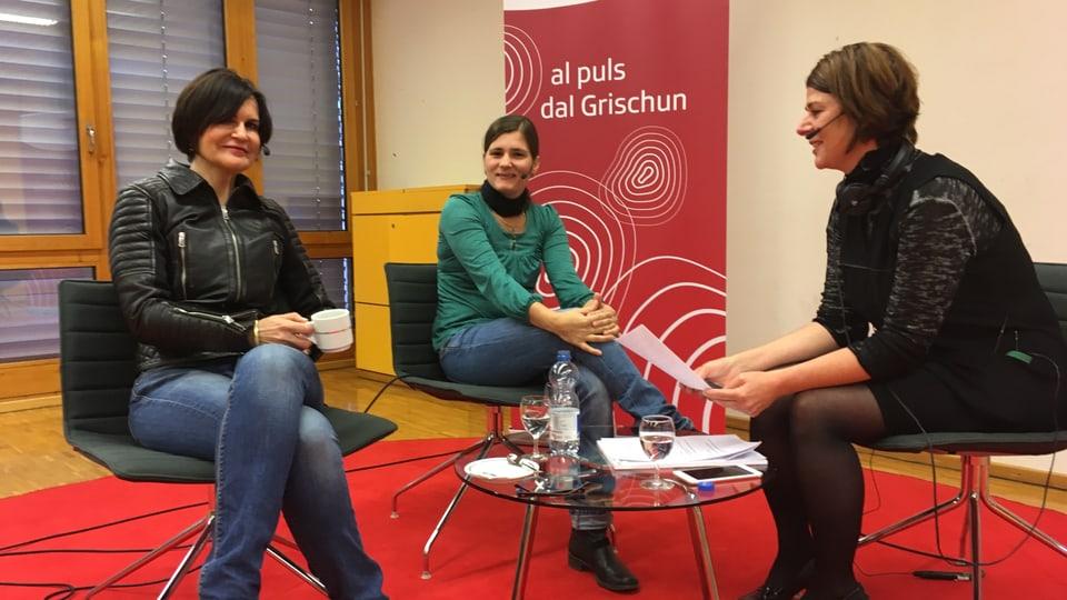 Purtret da Romana Ganzoni, Fadrina Hofmann ed Esther Berther.