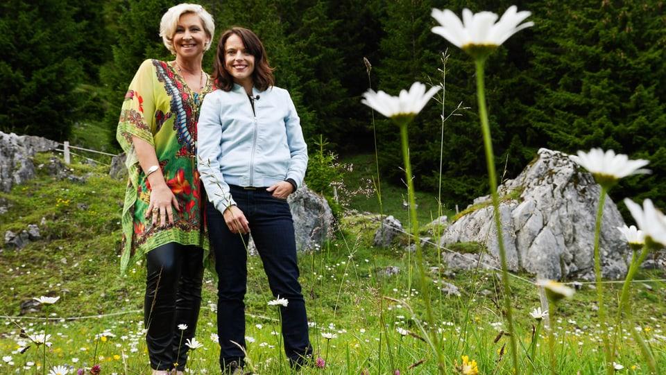 Schlagersängerin Claudia Jung und Mona Vetsch