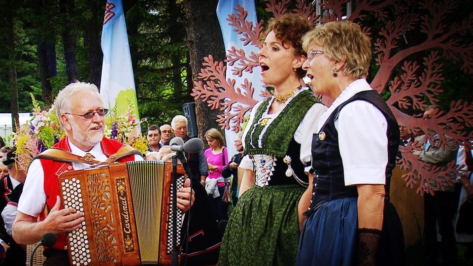 Marie-Theres von Gunten, Nadja Räss, Willi Valotti.