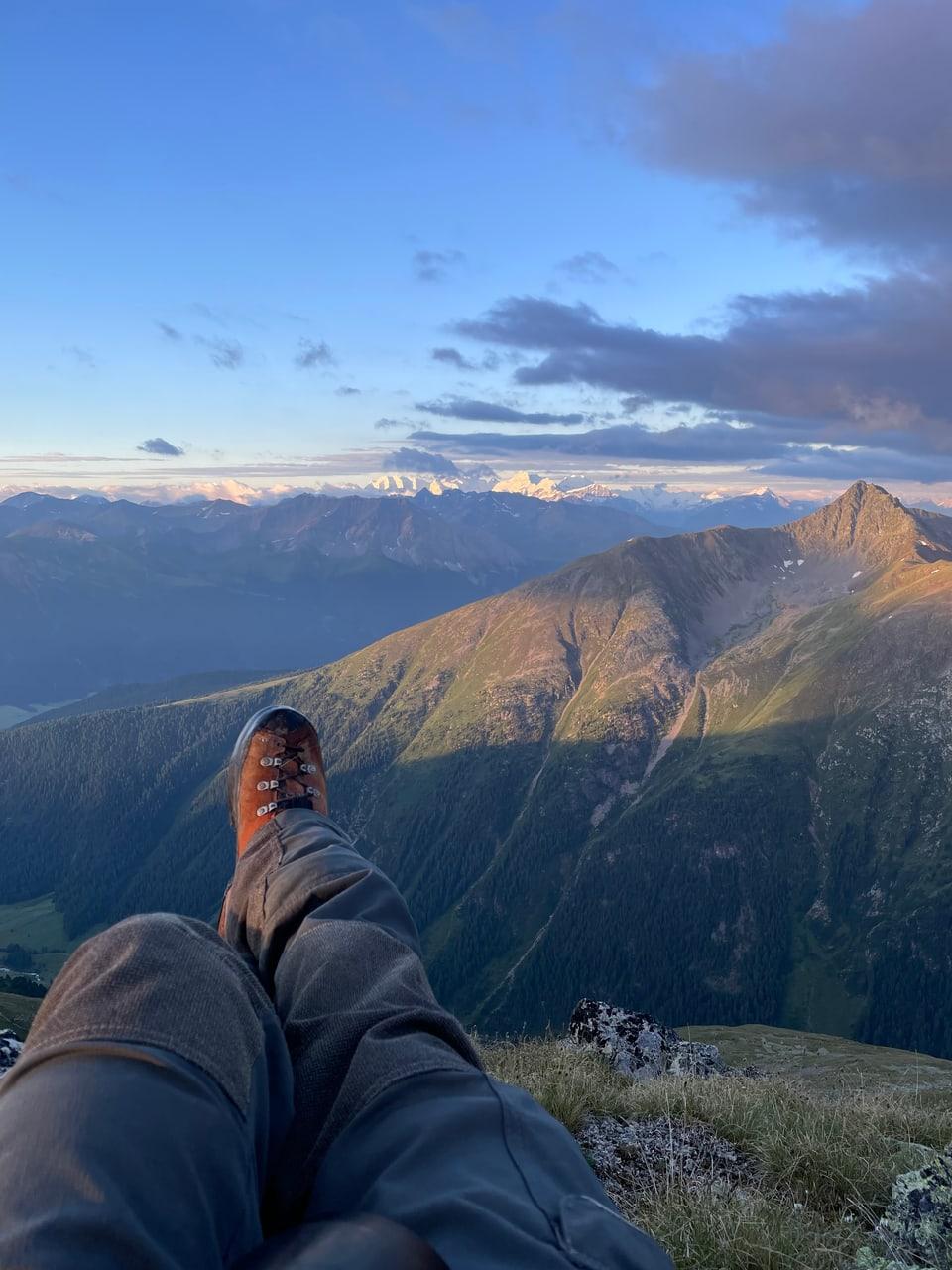 Star si cun quella vista – pernottaziun sin 2800 m s.m.
