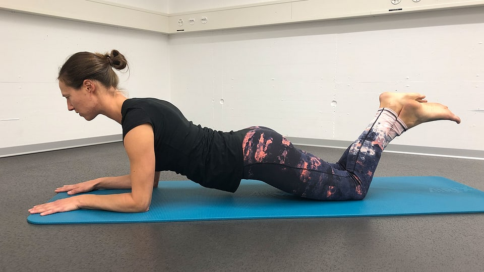 Plank: Vereinfachung auf den Knien