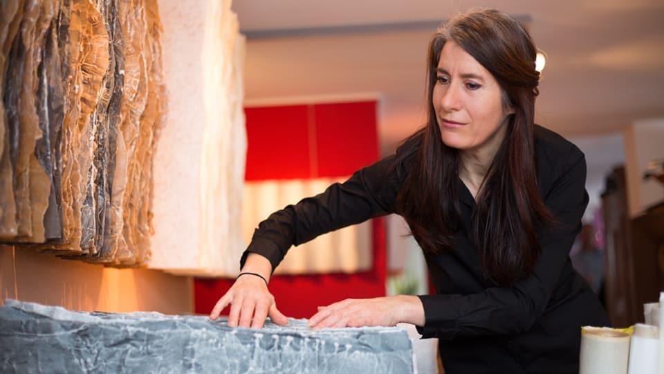 Ernestina Abbühl en ses atelier