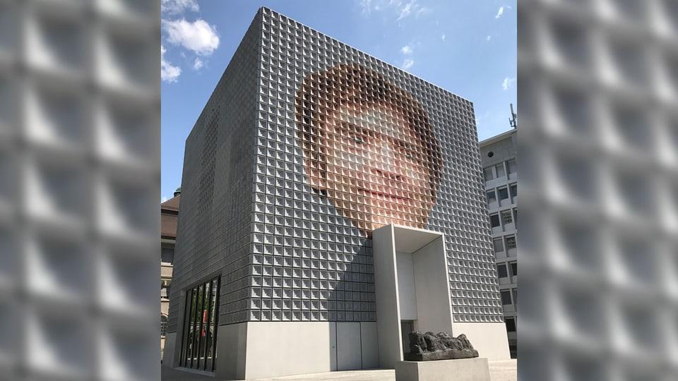 Vegn Stephan Kunz a turnar sin il post dal directur dal Museum d'art dal Grischun?