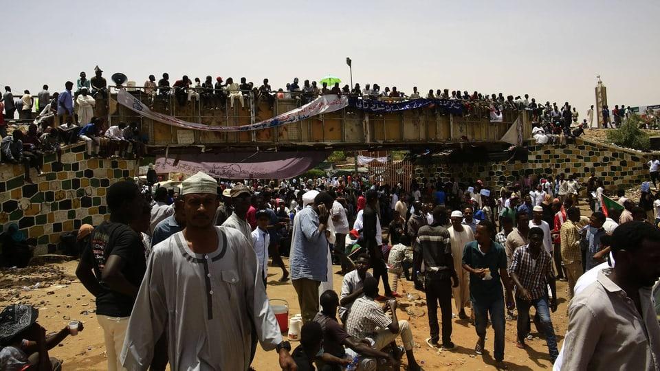Tote bei Protesten im Sudan - «Die Spitäler sind voll mit verwundeten Demonstranten»