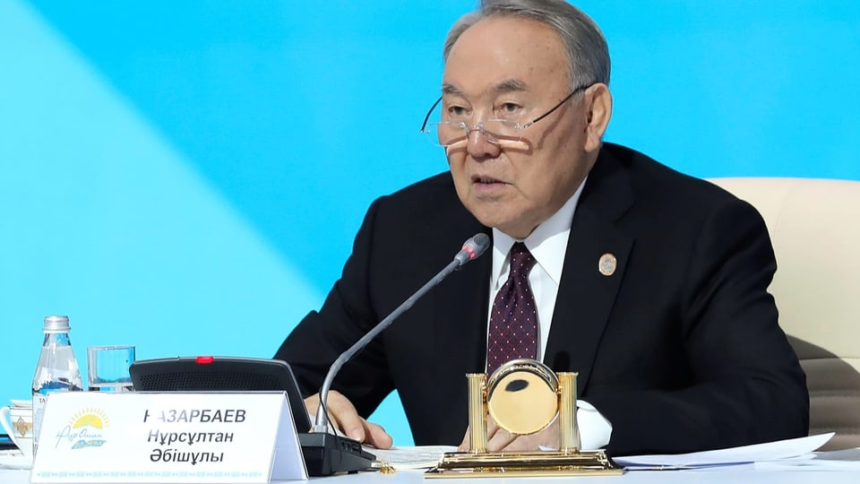 Nursultan Nasarbajew – Kasachstans Präsident tritt zurück