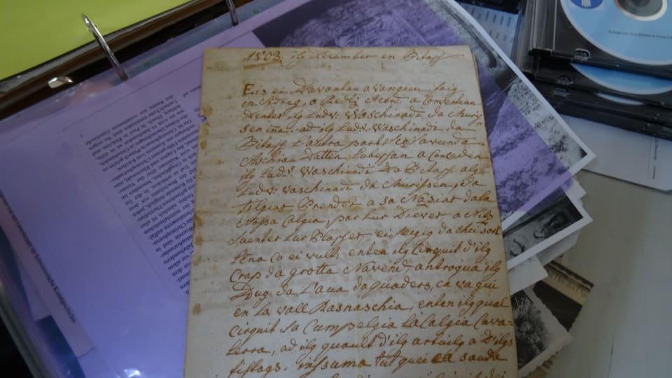 Document vegl da Hans Cadetg en scrittira veglia.