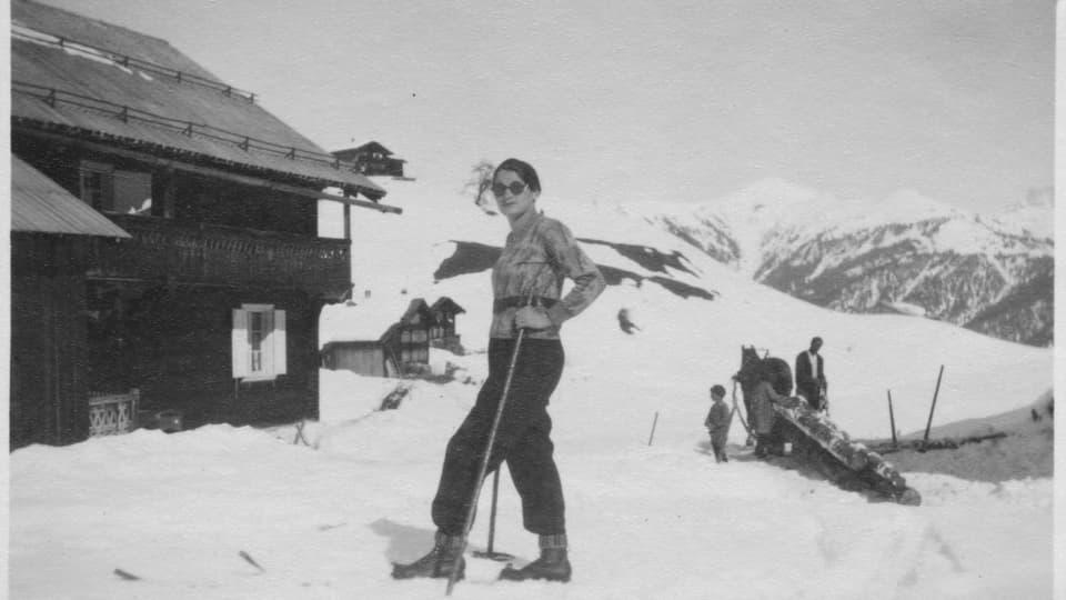 La plevonessa cun chautschas sin skis.