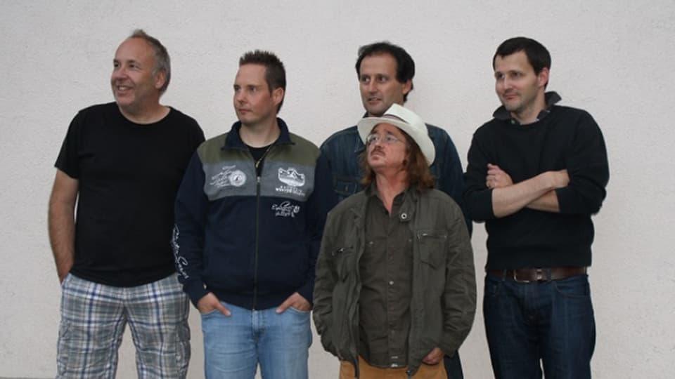 Purtret da la gruppa da musica «Galiots».