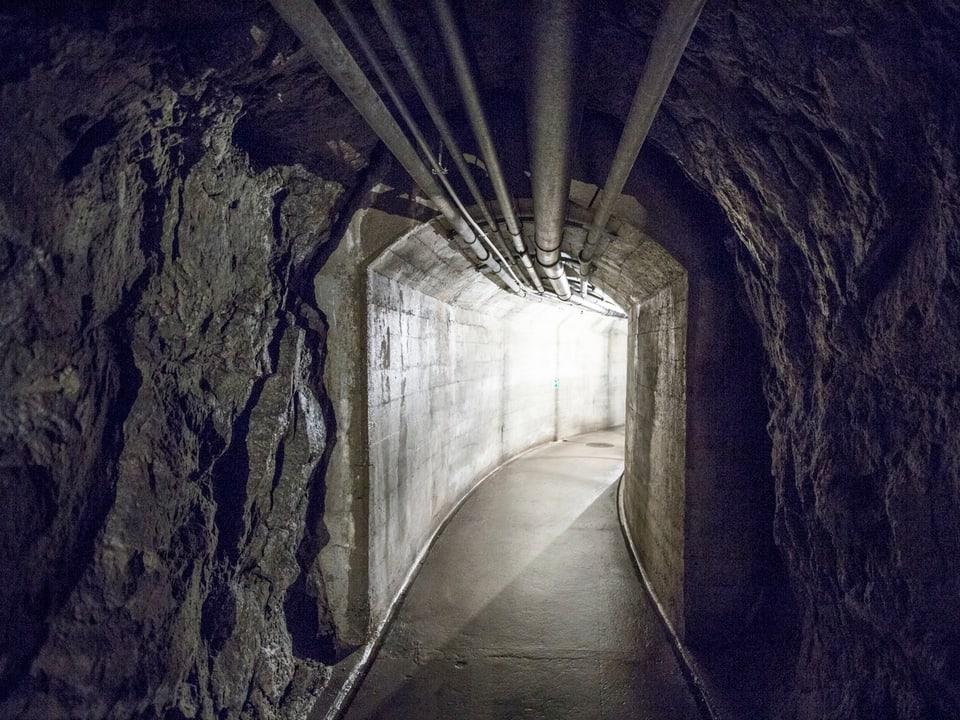 Blick in einen Tunnel der Festung.