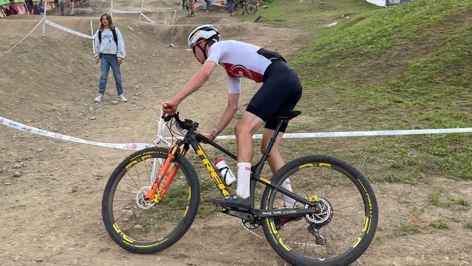 Janis Baumann (19) dad Igis davart sia cursa tar ils umens U23