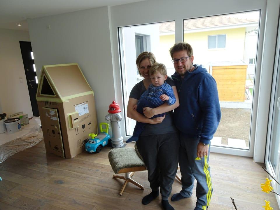 Sabrina, Michel und Aurel fühlen sich wohl in ihrem neuen Zuhause