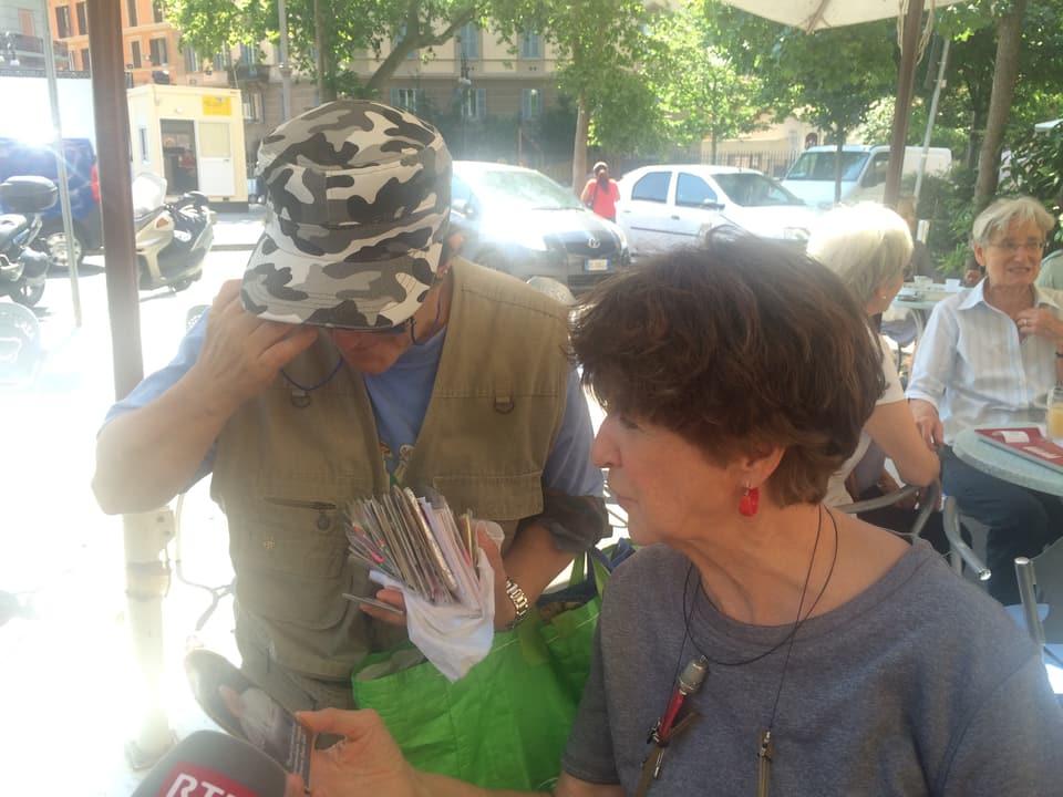 Cartas da sontgs – era quellas pon ins cumprar a Trastevere.
