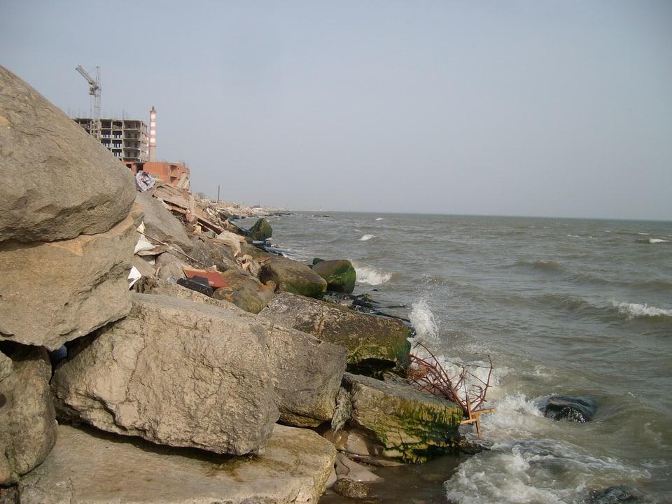 Kaspisches Meer, trostloses Ufer