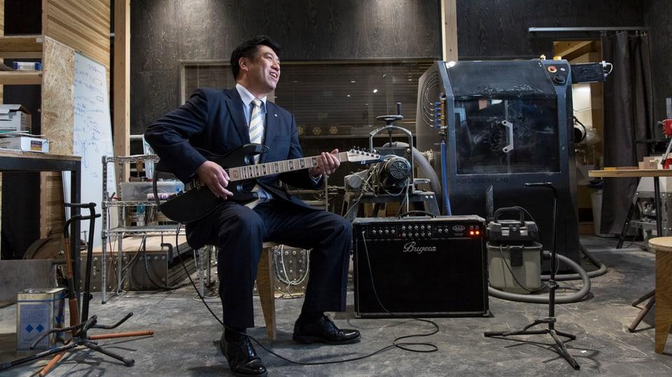Yoshiaki Suda, der rockende Bürgermeister der vom Tsunami zerstörten Stadt Onagawa