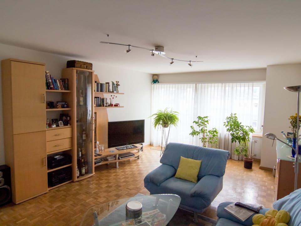 Die Wohnwand ist nach wie vor ein beliebter Klassiker in vielen Schweizer Wohnzimmern.