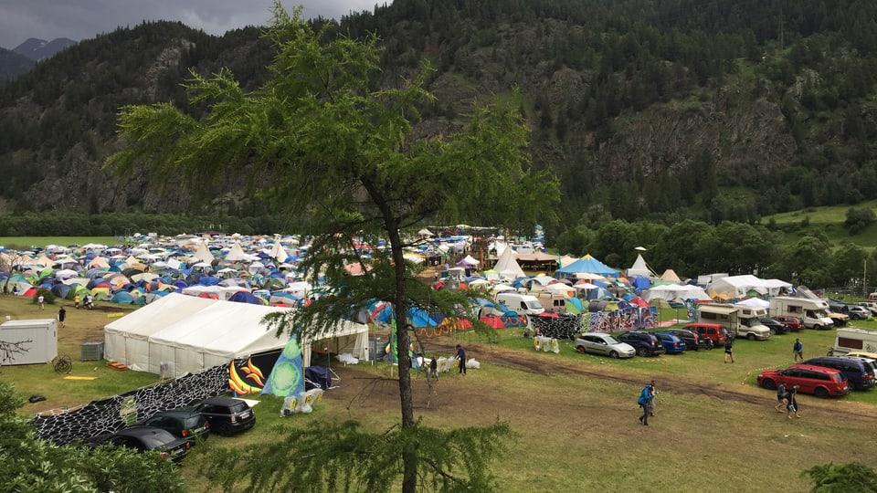 L'areal dal festival sumeglia ad ina pitschna vischnanca.
