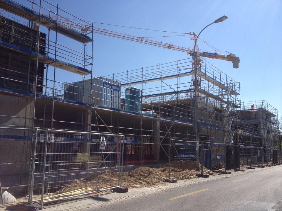 Gleich ausserhalb der Aarberger Altstadt entsteht das neue Coop-Zentrum
