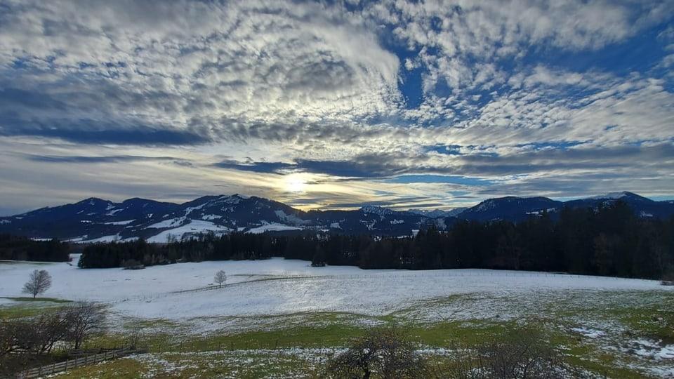 Die Landschaft bei Wertach