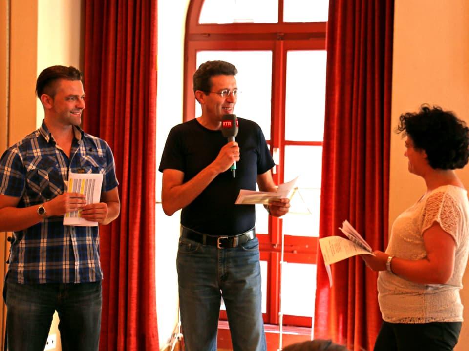 Die drei Moderatoren während der Arbeit.