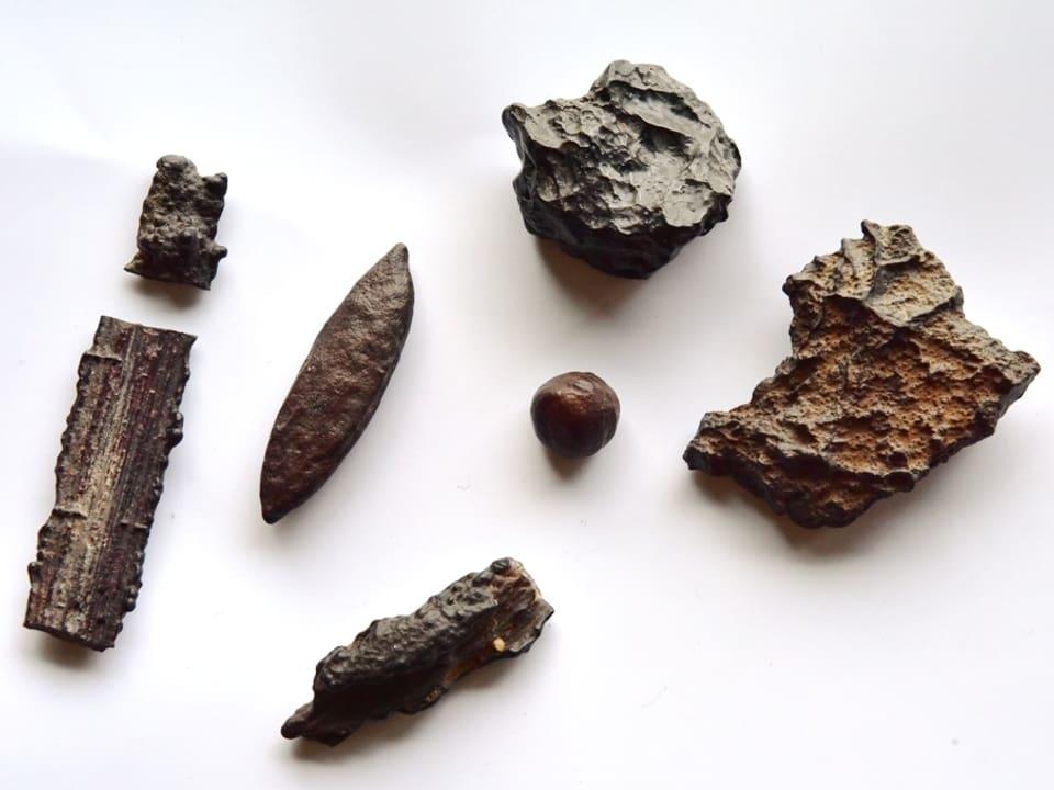 Meteoritenstücke
