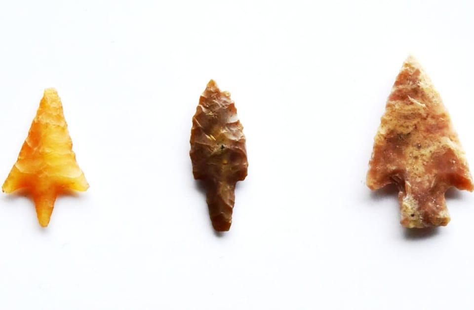 Steinpfeile.