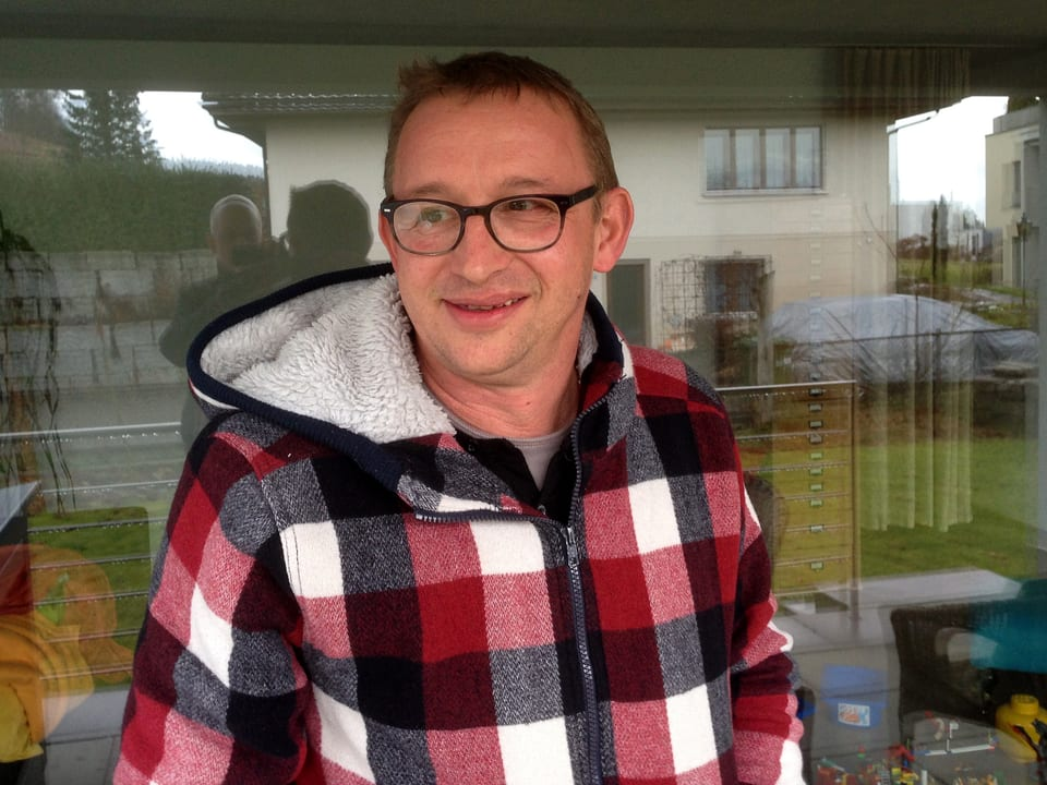 Philipp Galizia bei sich zu Hause in Muri (AG).