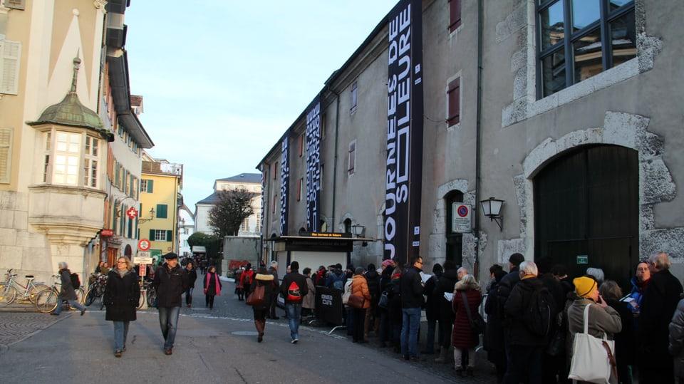 Bleras persunas en arrivadas als 51avels Dis da film a Solothurn.