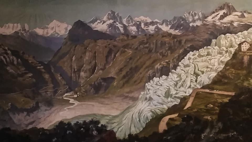 Hotelmanagerin Maya Belzer, im Hintergrund der Abhang, auf dem einmal die Zunge des Rhône-Gletschers war.
