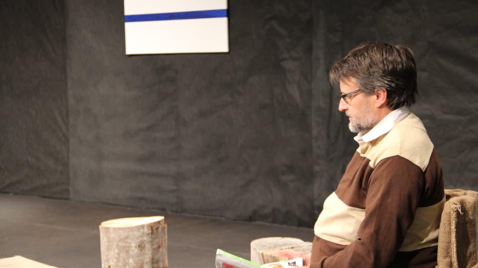 En stanza da spetga da dr. Monn, il maletg alv cun la lingia blaua è punct da discussiun en il toc.