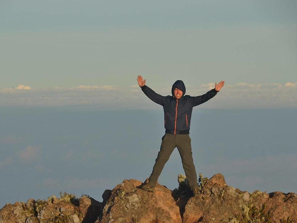 Simon Casutt sissum il cul Mount Apo