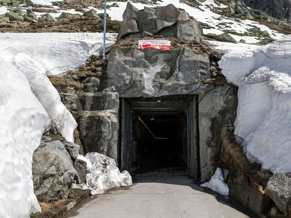 Blick auf den Eingang zur Festung.